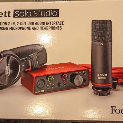 Focusrite Scarlett Solo Studio Caixa